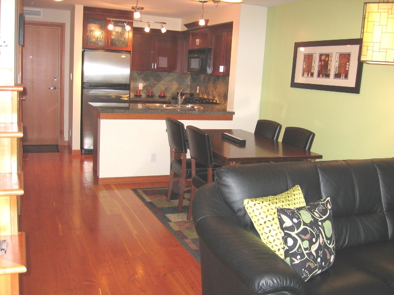 "Photo 3: 112 7 RIALTO Court in New_Westminster: Quay Condo for sale in ""Murano Lofts"" (New Westminster)  : MLS® # V675095"