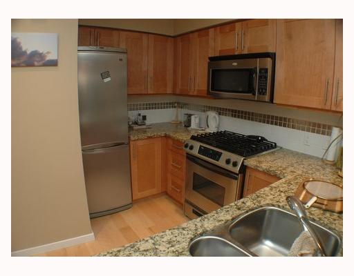 Photo 6: 304 2626 ALBERTA Street in Vancouver: Mount Pleasant VW Condo for sale (Vancouver West)  : MLS(r) # V795175