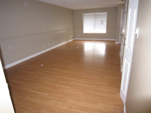 Photo 3: 233 MAPLE STREET in Penticton: Other for sale (102)  : MLS(r) # 113163