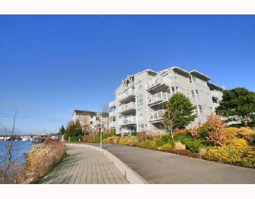 "Main Photo: 306 1820 E KENT SOUTH Avenue in Vancouver: Fraserview VE Condo for sale in ""PILOT HOUSE"" (Vancouver East)  : MLS® # V685882"