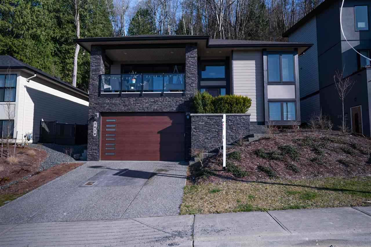 FEATURED LISTING: 5450 MACLACHLAN Place Chilliwack