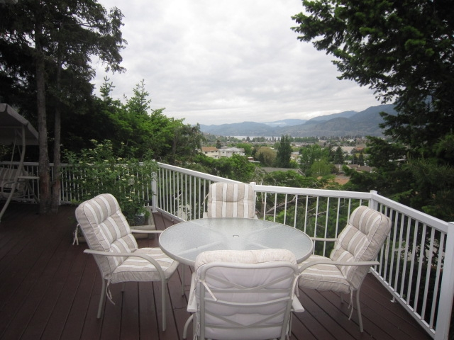 Photo 8: 180 CRAIG DRIVE in Penticton: Residential Detached for sale : MLS(r) # 131128