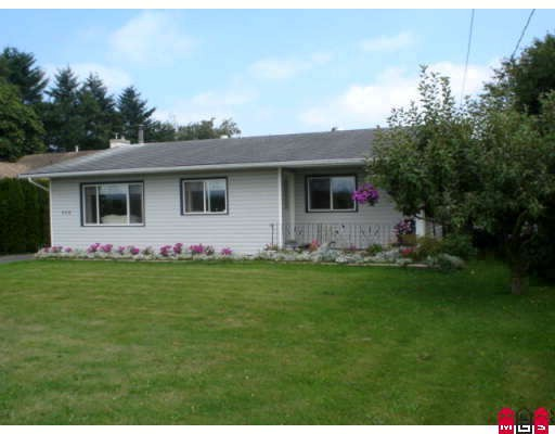 Main Photo: 950 COLUMBIA Street in Abbotsford: Poplar House for sale