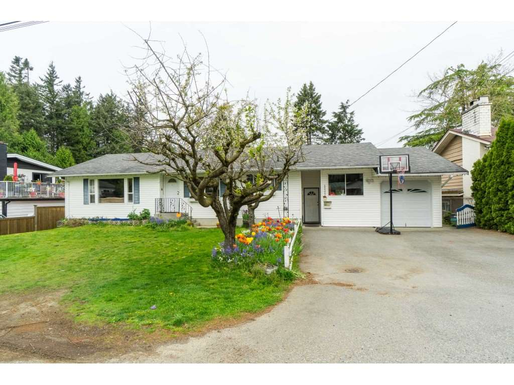 FEATURED LISTING: 33329 RAINBOW Avenue Abbotsford