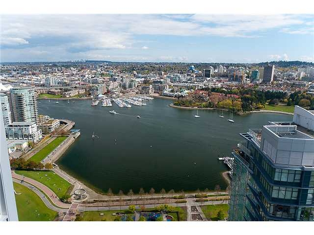 "Main Photo: # 4102 1408 STRATHMORE MEWS BB in Vancouver: False Creek North Condo for sale in ""WEST ONE"" (Vancouver West)  : MLS® # V886987"