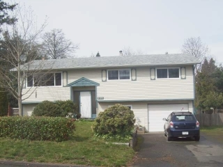 Main Photo: 2128 MCKENZIE AVE in COMOX: Other for sale : MLS® # 294136