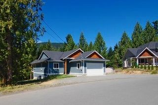 Main Photo: 2851 WEDGEWOOD DRIVE in DUNCAN: House for sale : MLS® # 302405