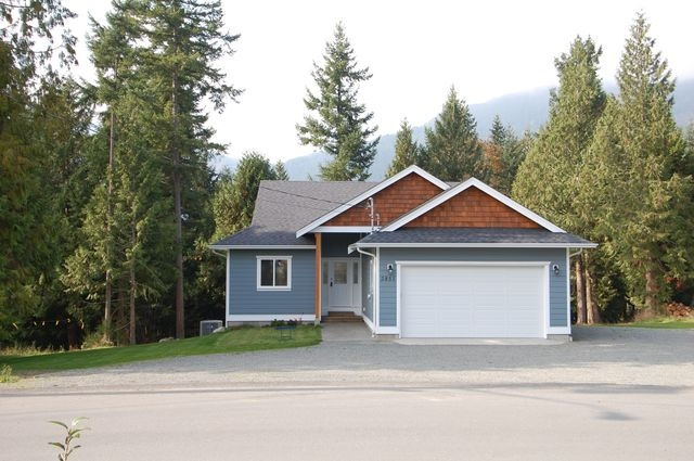 Photo 2: Photos: 2851 WEDGEWOOD DRIVE in DUNCAN: House for sale : MLS® # 302405