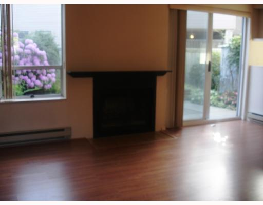 "Photo 6: 1 8700 BLUNDELL Road in Richmond: Garden City Townhouse for sale in ""BLUNDELL GARDENS"" : MLS® # V650277"