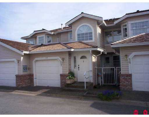 "Main Photo: 17 9163 FLEETWOOD Way in Surrey: Fleetwood Tynehead Townhouse for sale in ""THE FOUNTAINS"" : MLS® # F2710642"