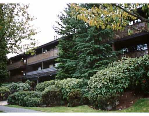 "Main Photo: 218 330 E 7TH AV in Vancouver: Mount Pleasant VE Condo for sale in ""LANDMARK BELVEDERE"" (Vancouver East)  : MLS® # V569537"