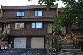 Main Photo: 2310 Wash Avenue in Ottawa: Carlingwood Residential Attached for sale (6002)  : MLS(r) # 771820
