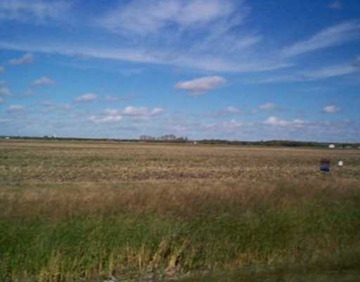 Main Photo: SCHINDEL RD in St Adolphe: Glenlea / Ste. Agathe / St. Adolphe / Grande Pointe / Ile des Chenes / Vermette / Niverville Vacant Land for sale (Winnipeg area)  : MLS® # 2515651