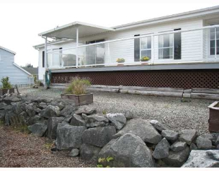 Main Photo: 5987 HARBOUR Way in Sechelt: Sechelt District Manufactured Home for sale (Sunshine Coast)  : MLS® # V708829