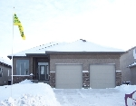 Main Photo: 6 RIVER VALLEY DR in WINNIPEG: Single Family Detached for sale (South East Winnipeg)  : MLS® # 2900194