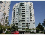 Main Photo: 811 3489 ASCOT Place in Vancouver: Collingwood VE Condo for sale (Vancouver East)  : MLS® # V667825