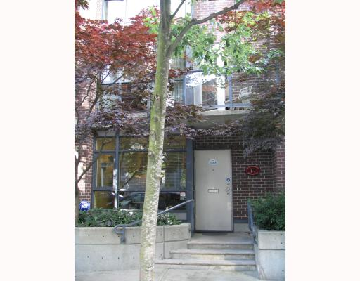 Main Photo: 1084 HORNBY Street in Vancouver: Downtown VW Townhouse for sale (Vancouver West)  : MLS® # V701656