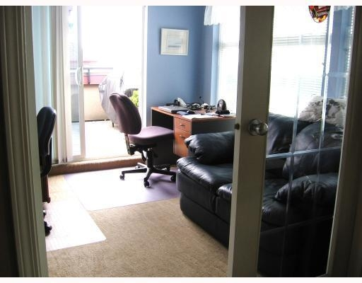 Photo 5: # 401 588 12TH ST in New Westminster: Condo for sale : MLS® # V774522