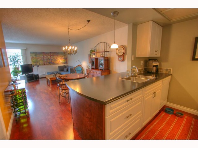 Main Photo: # 301 1790 W 11TH AV in Vancouver: Fairview VW Condo for sale (Vancouver West)  : MLS® # V819524