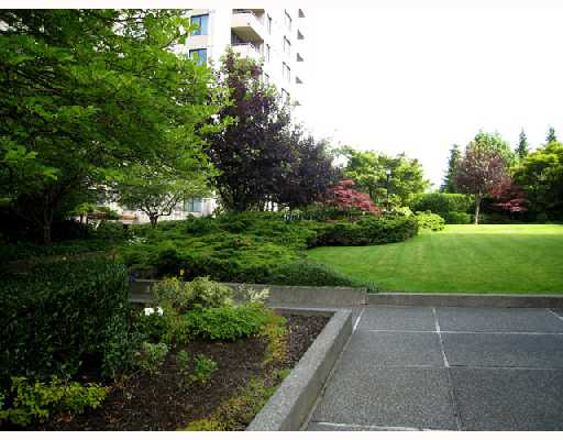"Photo 9: 305 5652 PATTERSON Avenue in Burnaby: Central Park BS Condo for sale in ""CENTRAL PARK PLACE"" (Burnaby South)  : MLS® # V657205"