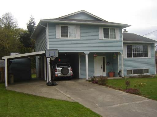 Main Photo: 1533 DOGWOOD AVE in COMOX: Residential Detached for sale : MLS® # 254995