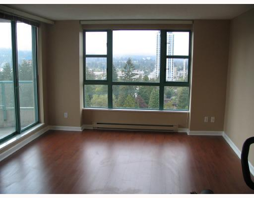 "Photo 3: 1403 3071 GLEN Drive in Coquitlam: North Coquitlam Condo for sale in ""PARC LAURENT"" : MLS® # V670035"