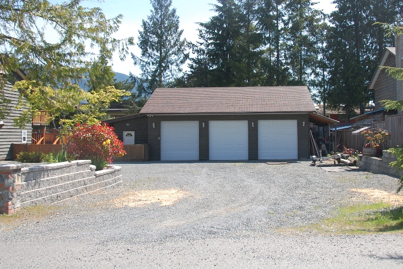 Photo 3: Photos: 320 DEER ROAD in LAKE COWICHAN: House for sale : MLS® # 277372