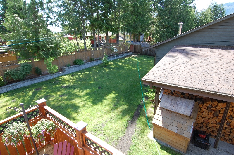 Photo 31: Photos: 320 DEER ROAD in LAKE COWICHAN: House for sale : MLS® # 277372