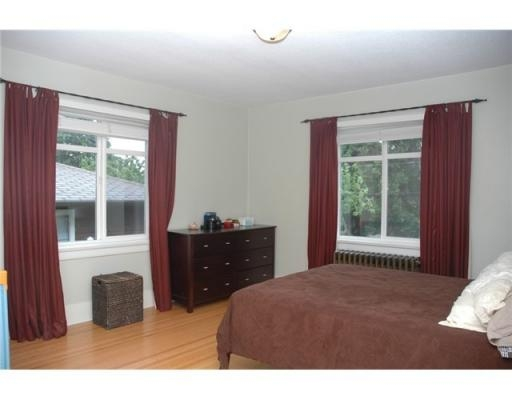 Photo 7: 2071 DUTHIE AV in Burnaby: House for sale (Burnaby North)  : MLS(r) # V832630