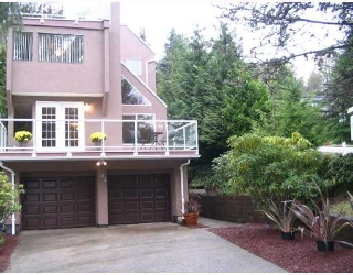 Main Photo: 463 SAN REMO Drive in Port_Moody: North Shore Pt Moody House for sale (Port Moody)  : MLS® # V670877