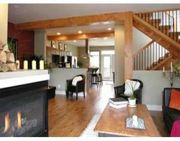 "Main Photo: 39760 GOVERNMENT Road in Squamish: Northyards Townhouse for sale in ""ARBOURWOODS"" : MLS® # V630877"