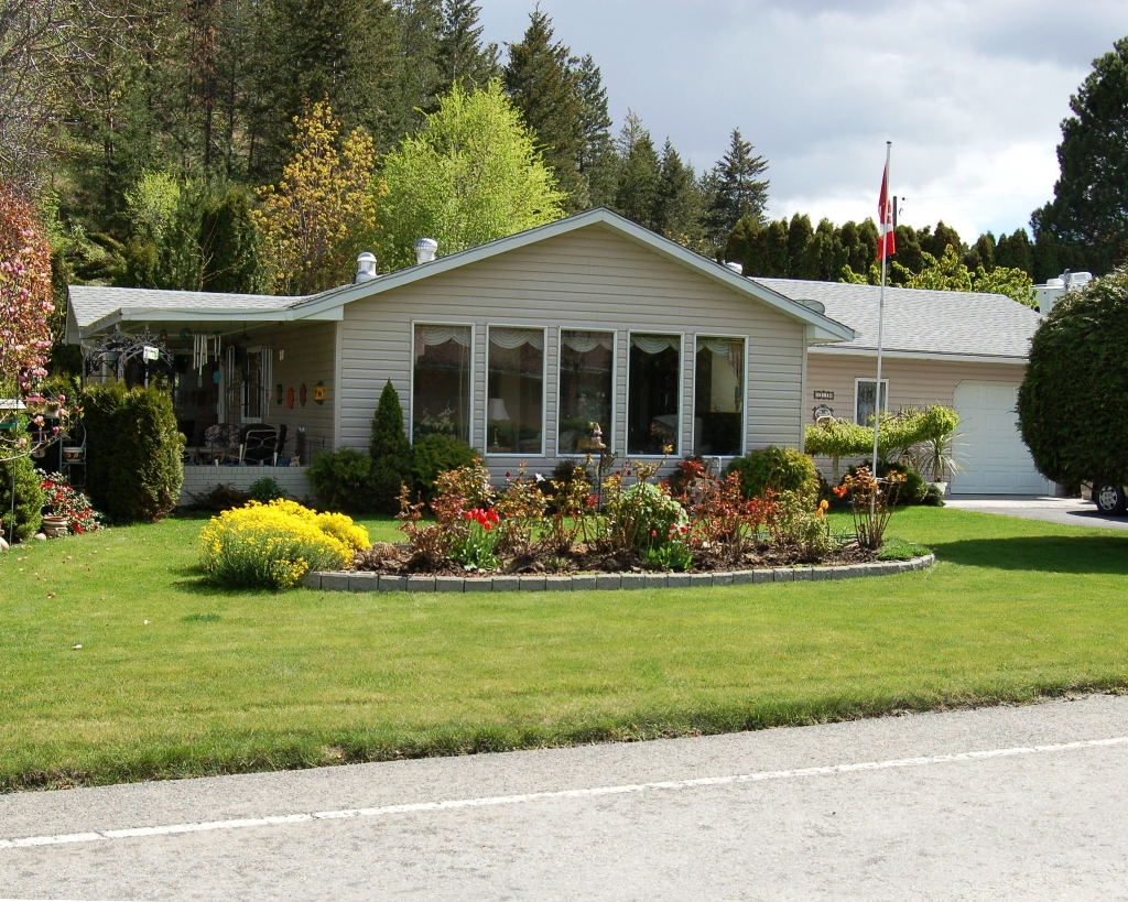FEATURED LISTING: 12119 Jubilee Road West Summerland