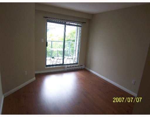 "Photo 5: 209 643 W 7TH Avenue in Vancouver: Fairview VW Condo for sale in ""COURTYARDS"" (Vancouver West)  : MLS(r) # V651448"