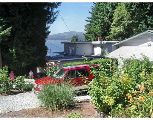 "Photo 9: Photos: 5330 SNODGRASS Road in Sechelt: Sechelt District House for sale in ""SELMA PARK"" (Sunshine Coast)  : MLS® # V651981"