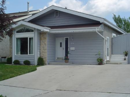 Main Photo: 59 Malmsbury Ave. in Winnipeg: MB RED for sale : MLS® # 2610291