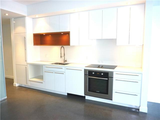 Main Photo: 266 East 2nd Avenue in Vancouver: Mount Pleasant VE Condo for sale (Vancouver East)  : MLS® # v826822