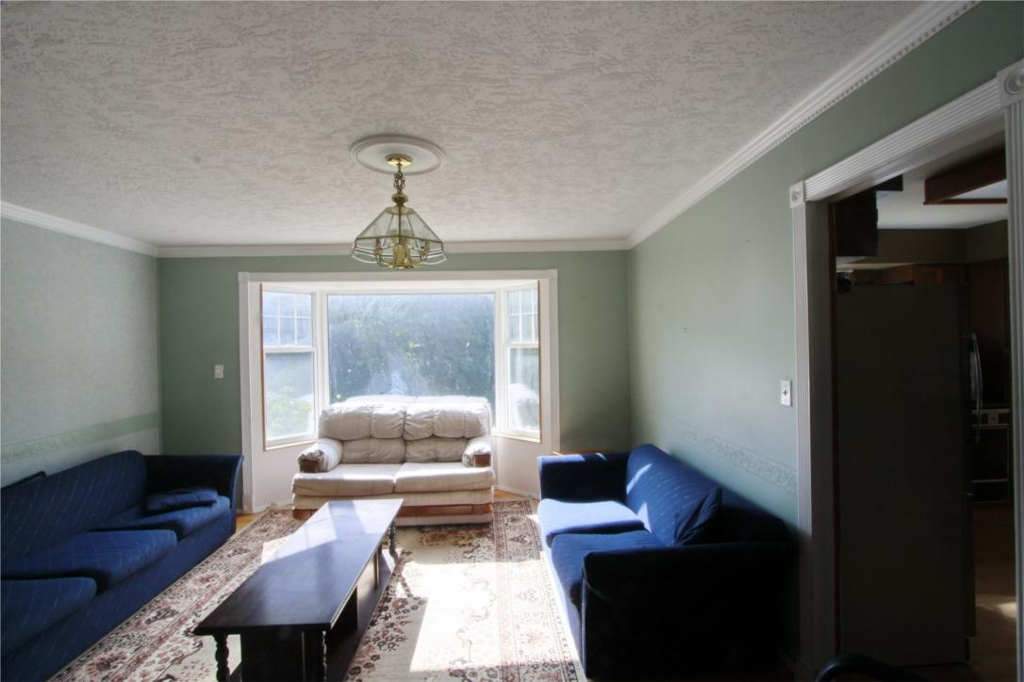 Photo 6: 874 Walfred Rd in Victoria: Residential for sale : MLS® # 283344