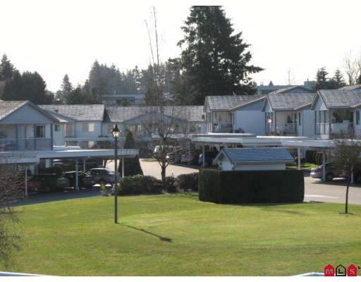 "Main Photo: 284 32691 GARIBALDI Drive in Abbotsford: Abbotsford West Townhouse for sale in ""Carriage Lane"""