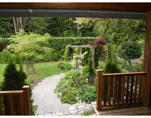 Photo 2: Photos: 3320 BEACH Avenue in Roberts_Creek: Roberts Creek House for sale (Sunshine Coast)  : MLS®# V646792