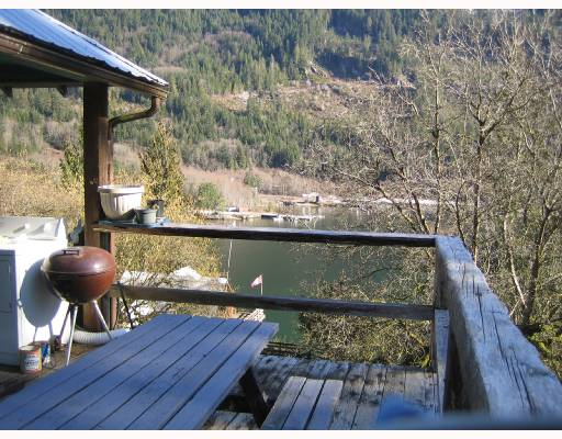 Photo 6: Photos: DL 2030 SALMON BB in Sechelt: Sechelt District House for sale (Sunshine Coast)  : MLS® # V690334