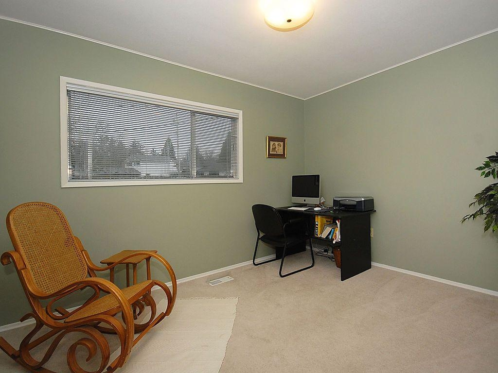 Photo 10: 3959 Marjean Pl in Victoria: Residential for sale : MLS® # 287191