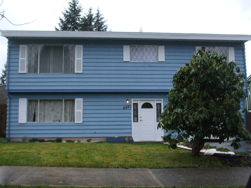 Main Photo: 4841-205A street in Langley: Langley City House for sale : MLS® # F1005619