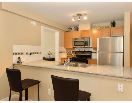 Photo 4: 305 2181 W 10TH Avenue in Vancouver: Kitsilano Condo for sale (Vancouver West)  : MLS® # V686142