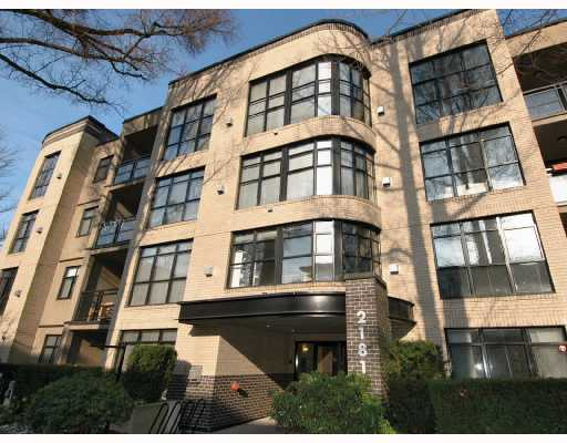 Main Photo: 305 2181 W 10TH Avenue in Vancouver: Kitsilano Condo for sale (Vancouver West)  : MLS® # V686142