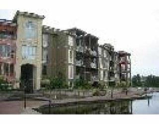 "Main Photo: 101 2 RENAISSANCE SQ in New Westminster: Quay Condo for sale in ""THE LIDO"" : MLS® # V542175"