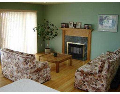 Photo 4: 104 N STRATFORD AV in Burnaby: Capitol Hill BN House for sale (Burnaby North)  : MLS® # V547381