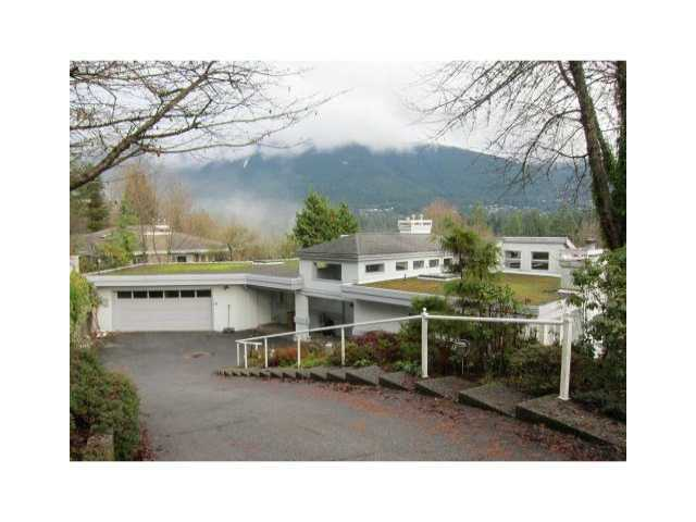 Main Photo: 238 STEVENS DR in West Vancouver: British Properties House for sale : MLS® # V880722