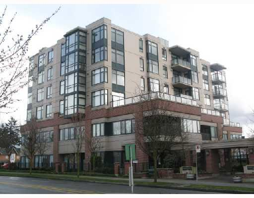 "Main Photo: 607 538 W 45TH Avenue in Vancouver: Oakridge VW Condo for sale in ""THE HEMINGWAY"" (Vancouver West)  : MLS® # V704162"
