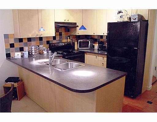 "Main Photo: 906 819 HAMILTON ST in Vancouver: Downtown VW Condo for sale in ""THE 819"" (Vancouver West)  : MLS® # V537434"