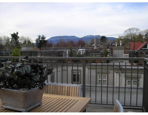Main Photo: # 27 2375 W BROADWAY in Vancouver: KT Kitsilano Condo for sale (VW Vancouver West)  : MLS®# V640459
